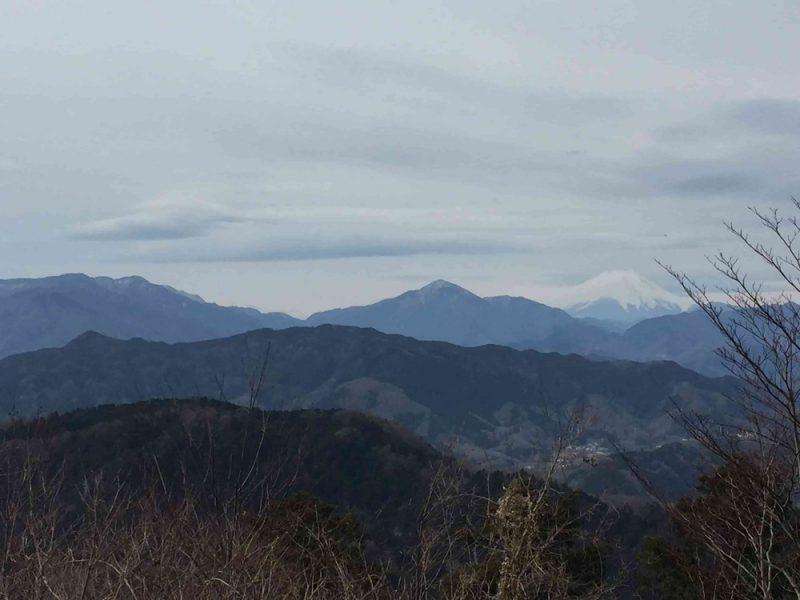 高尾山の頂上からは富士山も見えました