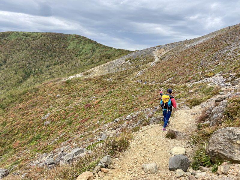 那須岳登山道は登りやすい